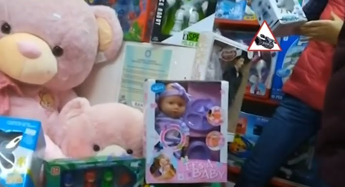 Parinti, mare atenti la ce le cumparati copiilor! Pericolele ascunse din jucarii | Demamici.ro