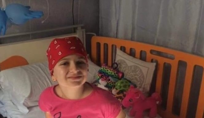 Scandal pe banii donati prin Facebook! Ce-a declarat femeia care si-ar fi insusit banii donati de oamenii pentru o fetita bolnava de leucemie | Demamici.ro
