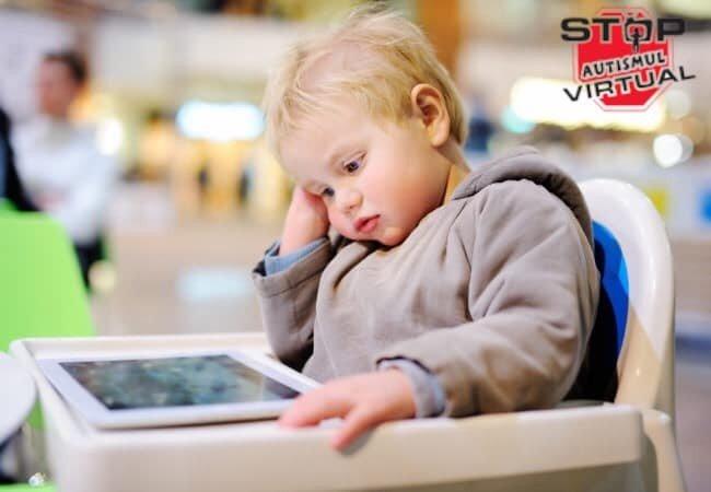 Autismul virtual - cauze, simptome si metode de prevenire! Cat timp ar trebui sa petreaca copilul in fara ecranelor | Demamici.ro